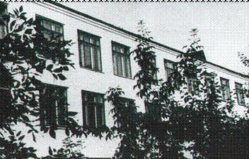 https://school36.edu.yar.ru/images/sch1_w352_h224.jpg